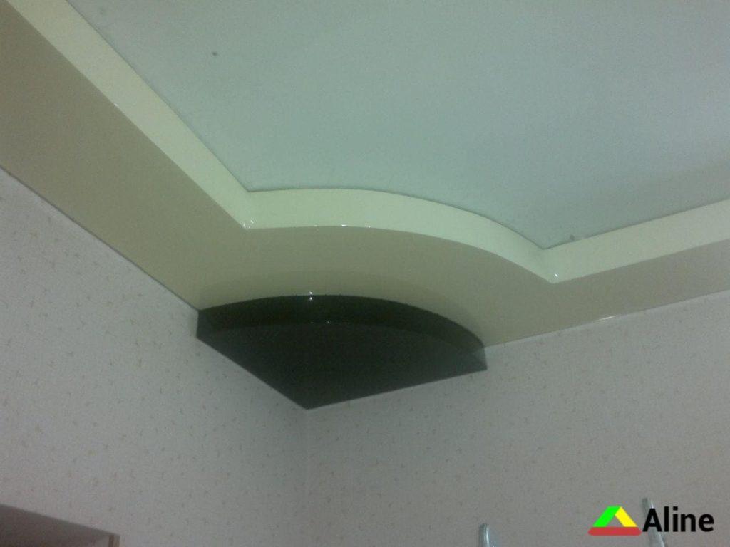 Натяжной потолок в три уровня