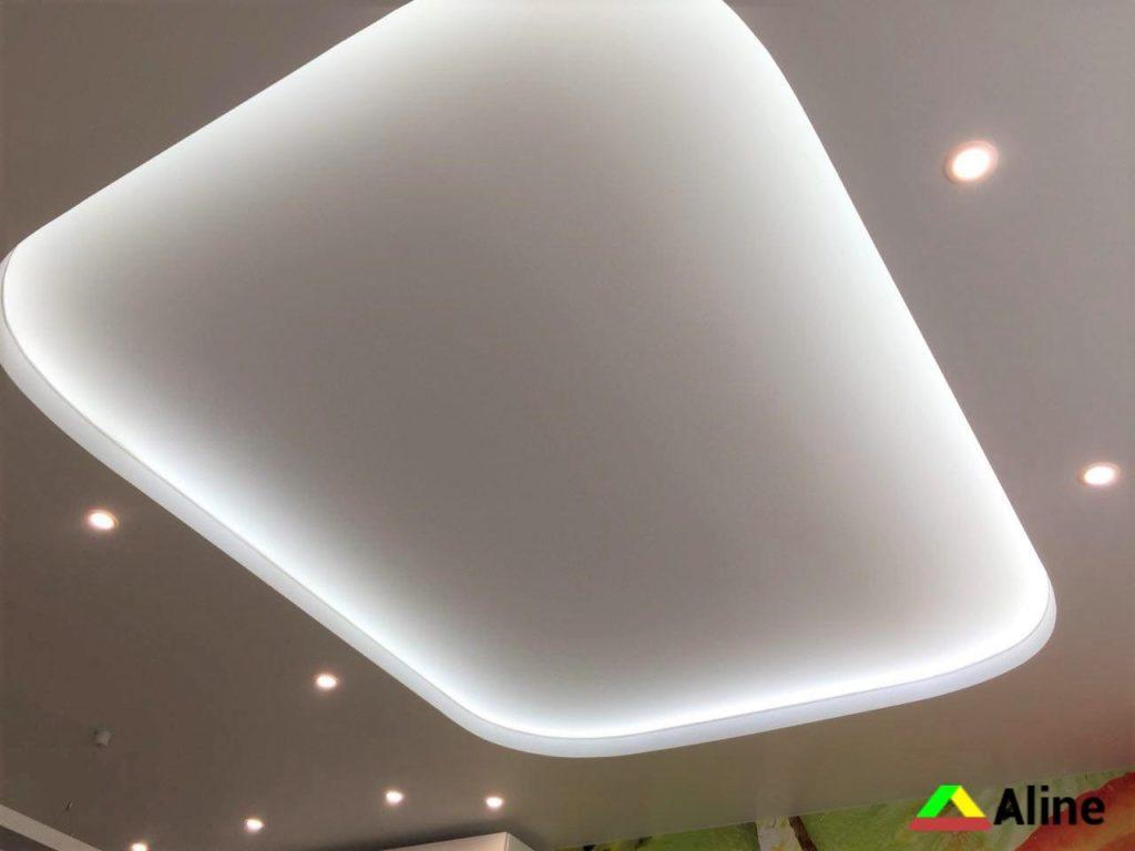 Натяжные потолки с LED подстветкой
