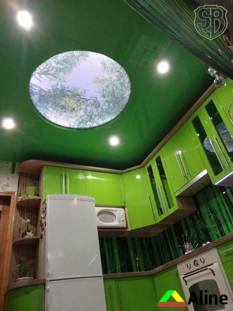 двухуровневый натяжной потолок на кухне